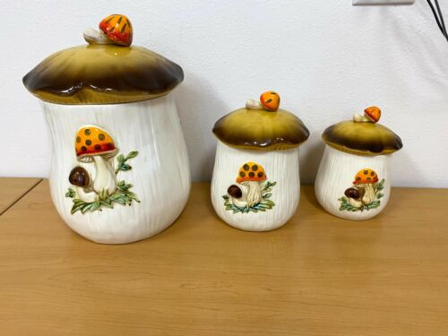 """Vintage Sears Roebuck & Co. 1978 3 Piece Canister Set with Lids - 11"""" tall"""