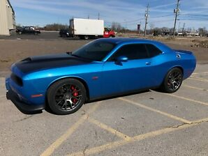 2015 Dodge Challenger SRT 392 fully loaded, 6 spd manual