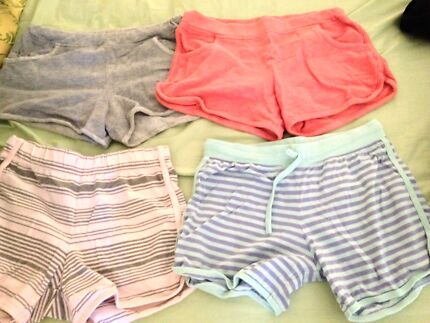 4 pcs.assorted small shorts Belmont Belmont Area Preview