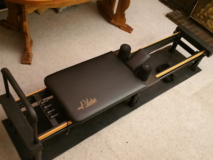 Aero Pilates xp 610 + extra bands.