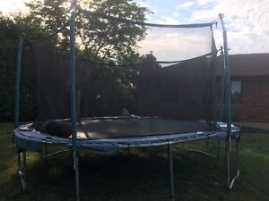 15 ft Trainor sports PLATINUM SERIES trampoline