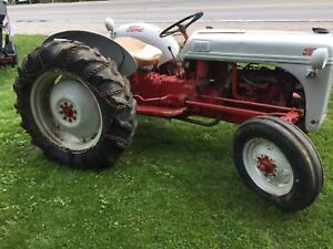 Tractor ford 8N