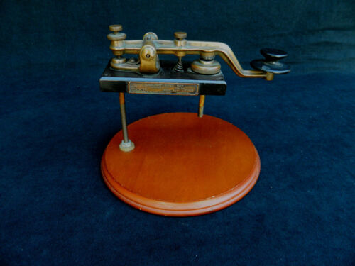 Kilbourne & Clark Type SE-68 1/2 Kw Auxiliary Hand Telegraph Key