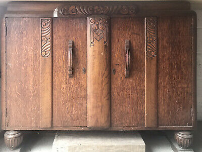 Art Nouveau / Art Deco Style Oak Veneer Dark Wood Sideboard Buffet Acorn Feet