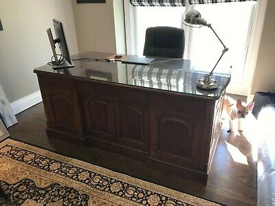 Drexel Heritage Executive Office Desk - Great Condition.