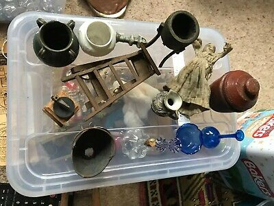 VINTAGE DOLLS HOUSE ITEMS JOB LOT