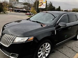 Lincoln MKT 2011 Black luxury SUV Excellent Condition-UBER Ready