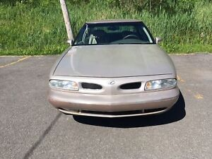 1999 Oldsmobile LSS Berline