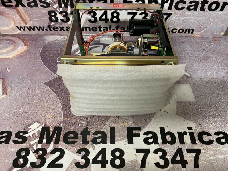 """Fanuc A61L-0001-0093 Display Assembly Monitor 9"""" High Resolution CRT"""