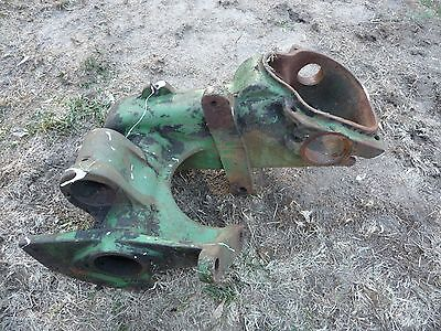 1 John Deere No. 5 Mower Sickle Main Shaft Housing