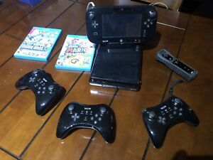 Wii U with 3 Pro Controllers, 1 Montion Controller, games