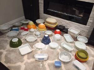 Vintage Pyrex, fire king, glasbake and Tupperware