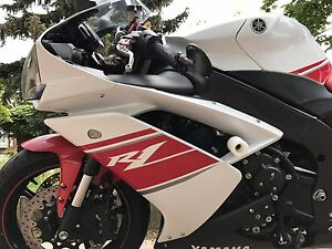 Yamaha R1 ,2008, Low mileage!!! Mint condition!!!