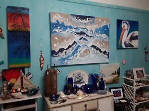 Art work and collectables used surfboards