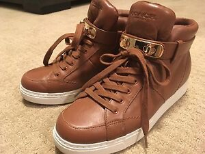 Coach sneakers, size 8,5 ( 38,5)