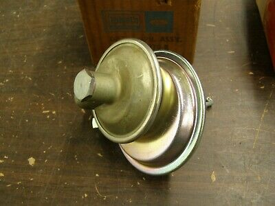 NOS OEM Ford 1956 Fairlane + Thunderbird Distributor Dual Vacuum Advance