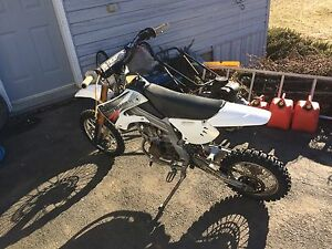 Dirt Bike $800 can't beat the price!drives!with papers!
