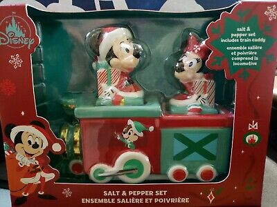 NIB Disney Parks Christmas 2020 Mickey And Minnie Train Salt And Pepper Set