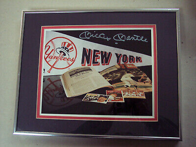 MICKEY MANTLE SIGNED MEMORABILIA 8X10 PHOTO DOUBLE MATTED AND FRAMED - JSA LOA
