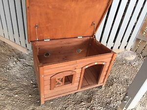 Dog house for small dog Eatons Hill Pine Rivers Area Preview
