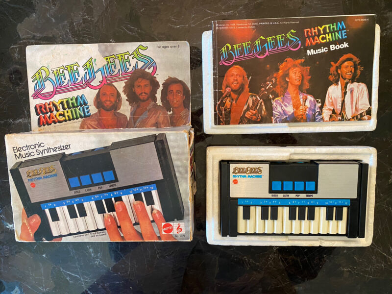 BEE GEES RHYTHM MACHINE ELECTRONIC MUSIC SYNTHESIZER RARE W/ BOX & BOOKLET 1978