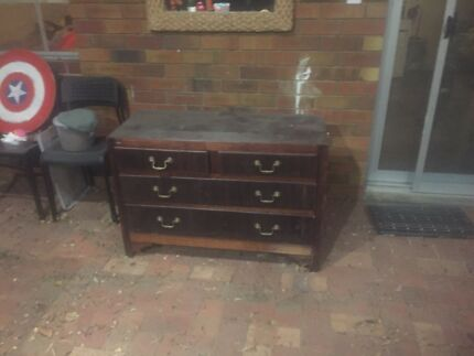 Free chest of drawers
