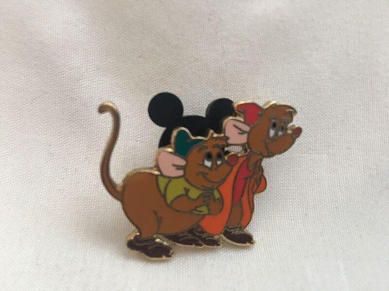 Disney Pin Trading 2008 Cinderella Vintage Card Pin Set Jaq & Gus LE 500 RARE