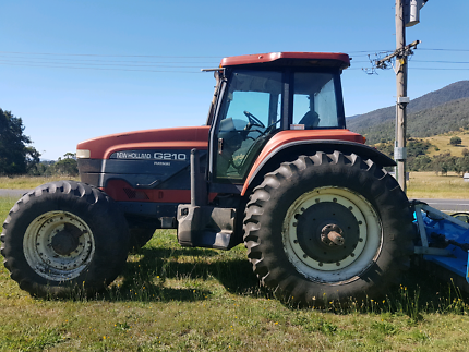 Newholland G210 Tractor