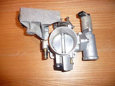Opel Vectra B 1,8 16V 85kW Drosselklappe Stutzen GM 90499468