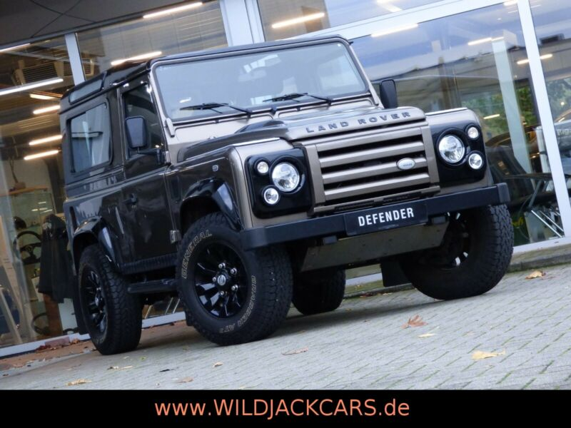 Land Rover Defender 90 Rough II *LIMITED EDITION*