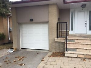 Door window / garage door
