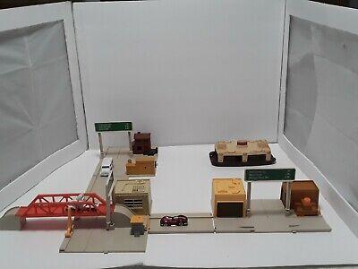 Vintage Mattel 1981 Hot Wheels USA Builder Set 5055 Playset Track