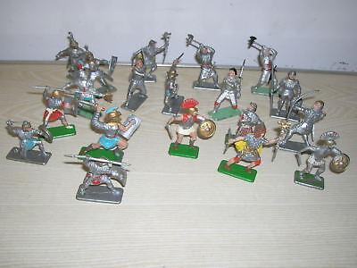 VINTAGE - Konvolut 19 Stück alte Crescent Toy Ritter und Römer - 60er/70er Jahre