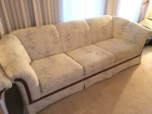 Floral three piece sofa vintage off white design chic couch
