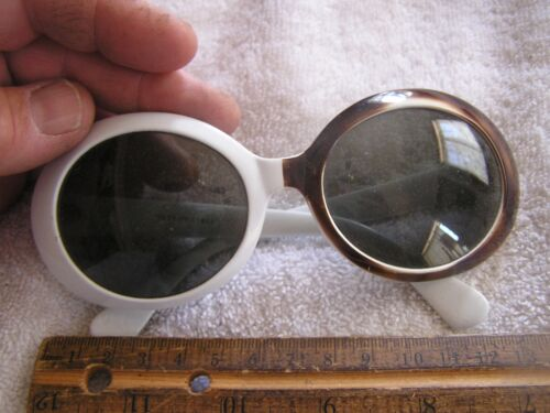 Vintage Sun Glasses Marked Italy