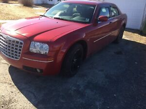 2007 Chrysler 300 with 129,000 KM