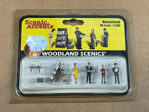 New Woodland Scenics HO Scale Newstand Train Figures A1906