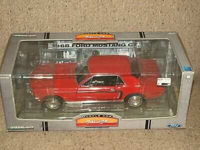 RARE Greenlight Muscle Car Garage 1968 Ford Mustang GT Coupe 1:18 Red 12801-06