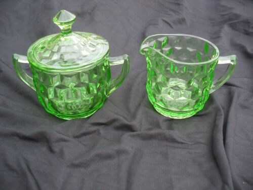 CUBE SUGAR AND CREAMER SET IN NEAR MINT CONDITION