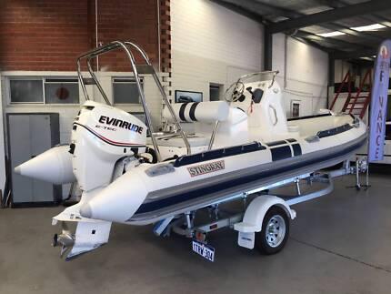 2017 STINGRAY 5.9m  Sea Raider DEMO