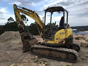 Excavator Hire Truck & Dog Gold Coast Brisbane Coomera Gold Coast North Preview