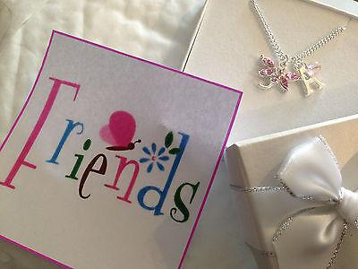 personalisiert Mädchen Freunde pink Schmetterling INITIALEN Halskette