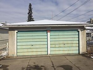 ***Large double detached Garage for rent Whyte Ave ***