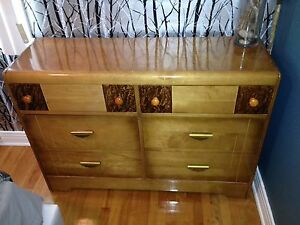 Commode antique 1950