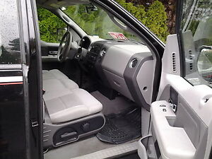 2004 Ford F-150 Presidents Award Pickup Truck Comox / Courtenay / Cumberland Comox Valley Area image 3
