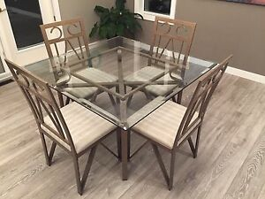 Buy Or Sell Dining Table Sets In Winnipeg Furniture Kijiji Classifieds Page 33