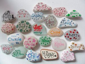 Hand-painted-keepsakes-Personalised-names-on-Sea-glass-pottery-pebbles