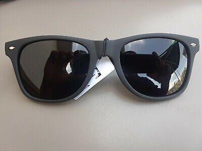 MEN WOMAN Sunglasses Wayfare Style Black Frame Classic Super Dark Lens (Dark Black Wayfarer Sunglasses)