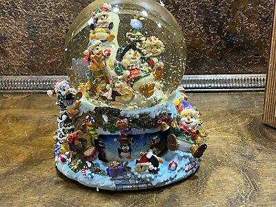 Vintage 1999 Grandeur Noel Christmas Water Snow Globe in BOX / Musical