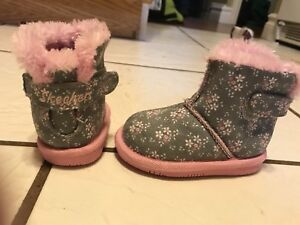 Size 3 (6-9 months) Skechers boots